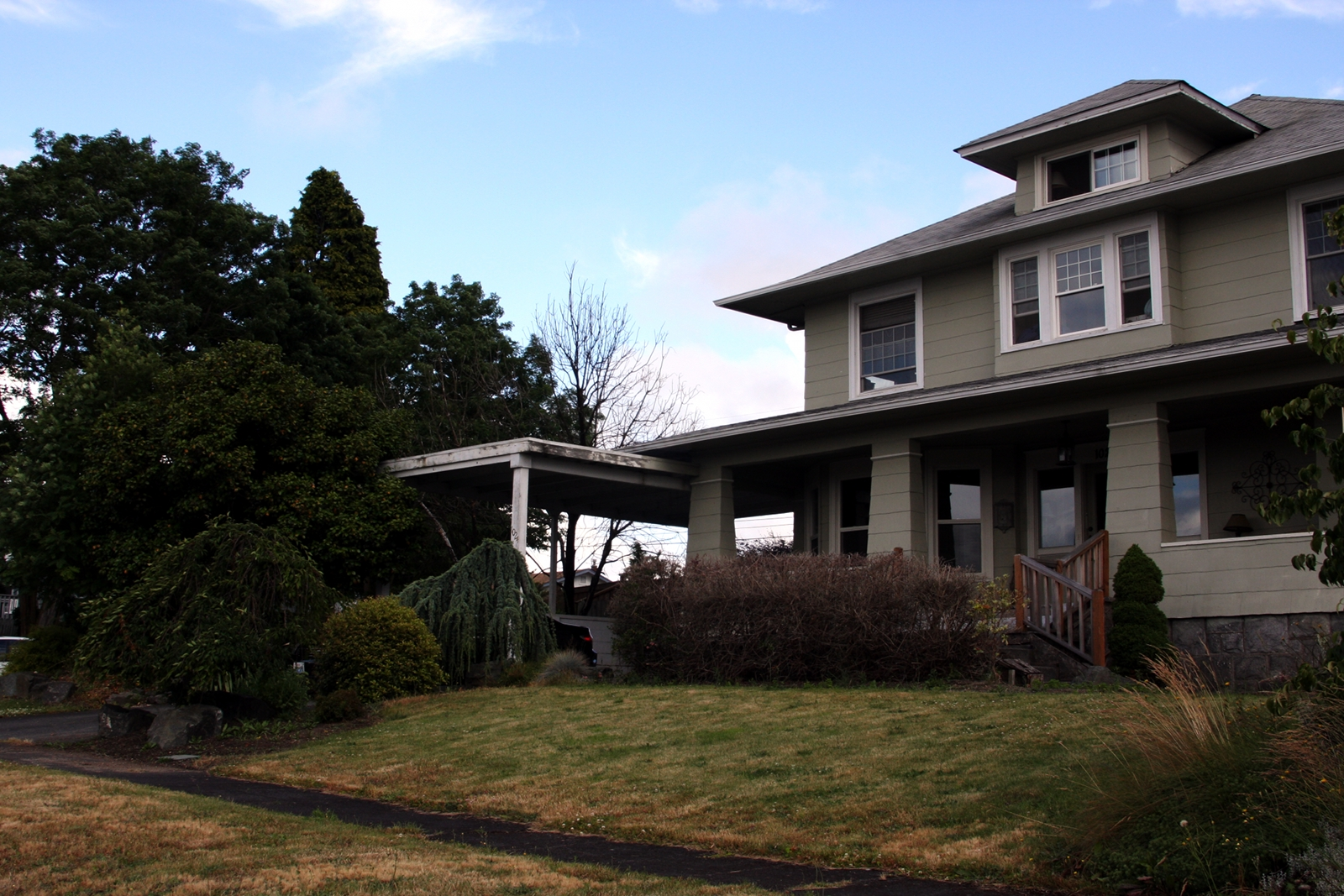 Many of the houses were constructed between the 1890s and the 1920s, with styles ranging from Victorian to Craftsman.