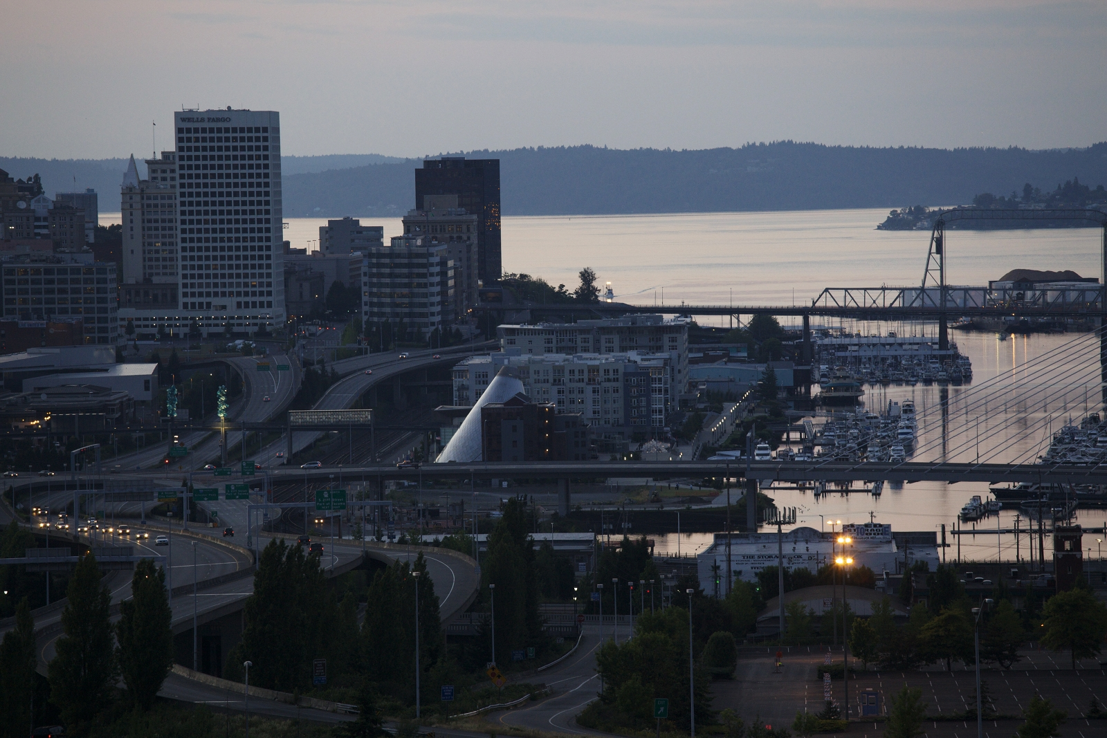 The north end of the neighborhood boasts views of Tacoma's downtown skyline and port areas.