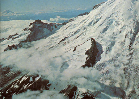 The east flank of Mt. Rainier (image courtesy of USGS)