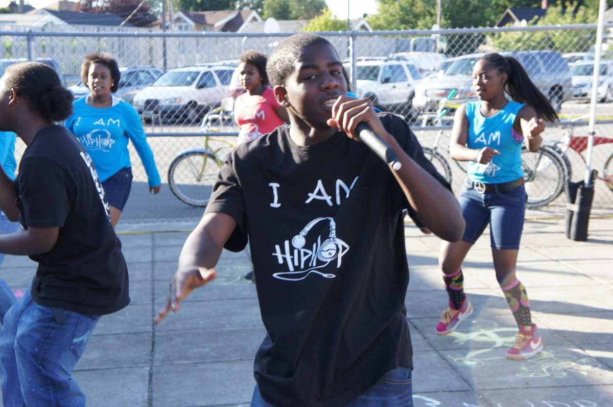 Hilltop Artists hosts an event called Arts Night Out as a part of NNO.