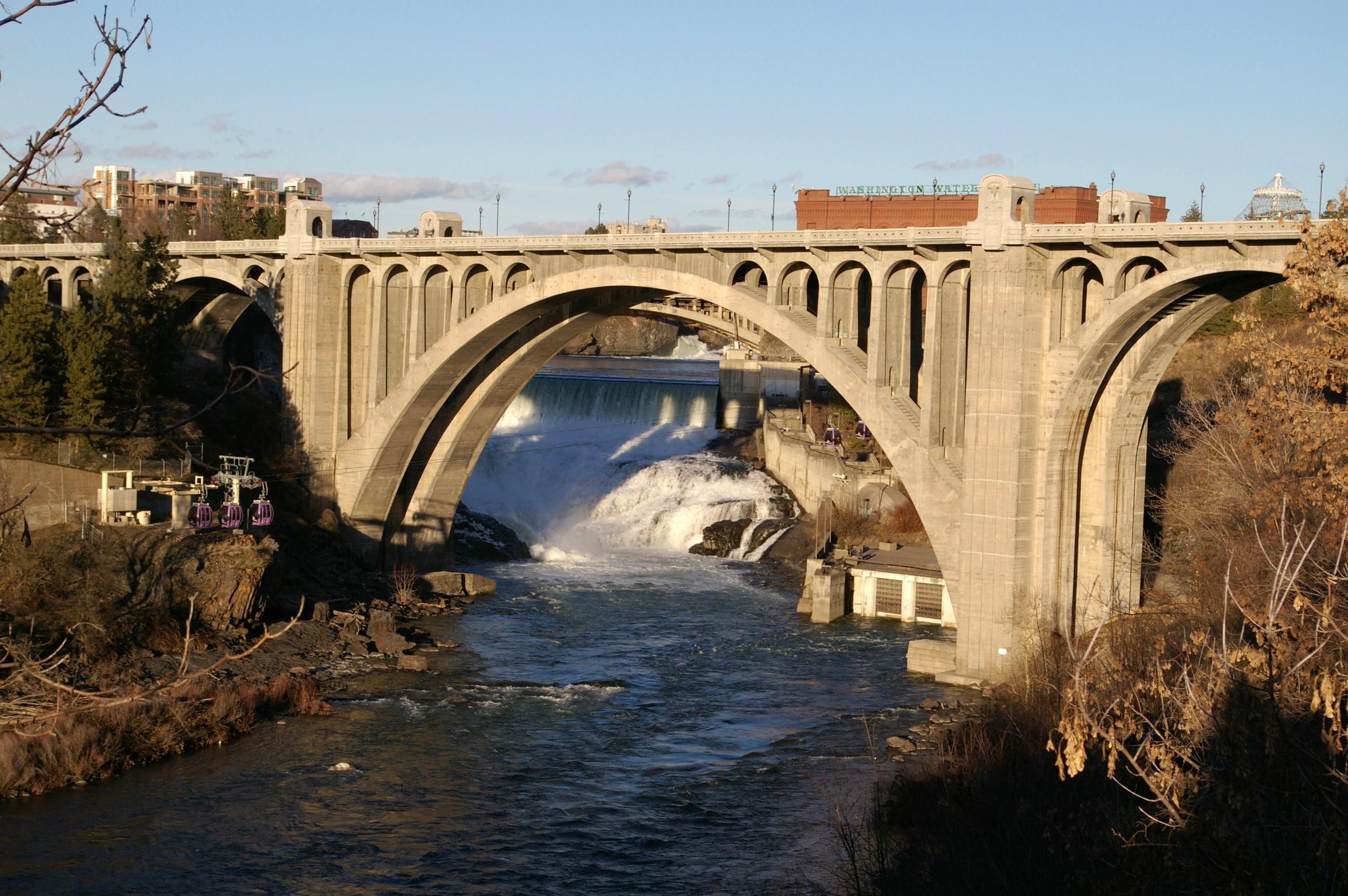 Monroe_Street_Bridge_20070217