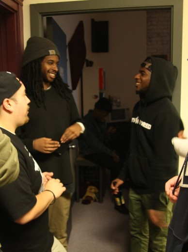UGLYFRANK & KhrisP: Smiling, conversating