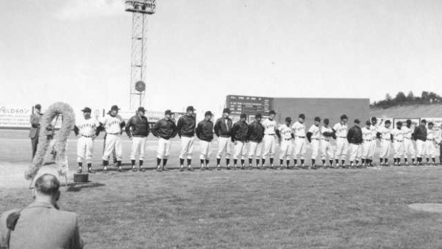 Tacoma Giants on opening day, 1960