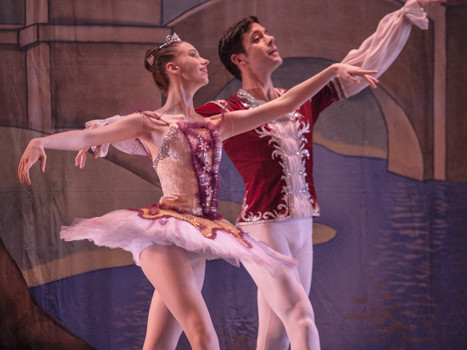 Carolynne Guinup and Joel Myers as the Sugar Plum Fairy and Cavalier.