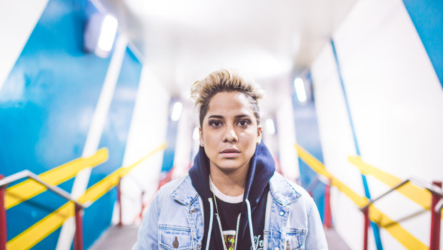 Vicci Martinez by Scott Haydon